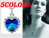 Wholesale fashion jewelry necklaceTitanic Rose classic Blue Austrian Crystal The Ocean Heart Pendant Necklace