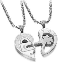 Wholesale 20 OFF Couple necklace Angel Heart Pendant necklace Fashion jewelry Pairs