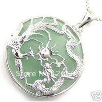 achat en gros de charmes de dragon vert-Bijoux de jade réelle Collier de charme pendentif dragon vert Livraison gratuite chaîne libre 2pc / lot