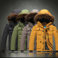 Wholesale Edward Vidic Man White Duck Down Jacket Raccoon Feather Coat Collar ak00080