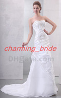 Wholesale Vintage Champagne Embroidered Strapless Wedding Dresses Lace Up Court Train Bridal Dress Gown Modest