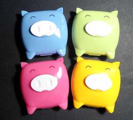Wholesale 20pcs Cut Pig Contact Lens Case contact lens holder with mirror contact lens mate box