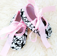 Wholesale baby girls bowtie first walker shoes cotton fabric shoes prewalker toddler shoes infant booties P354