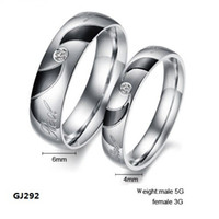 Wholesale Fashion Jewelry L Stainless Steel Rings Silver Black Vortex Circle Gemstone Couple Rings Wedding