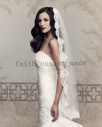 Wholesale Paloma Blanca V432F Ivory Lace Bridal Veil Lace Trim Finger Length Wedding Bridal Veil