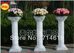 Wholesale Roman column road lead wedding plastic Roman column luminous road lead