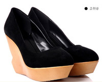 Wholesale Women casual clogs good suede upper spring platform wedge factory price