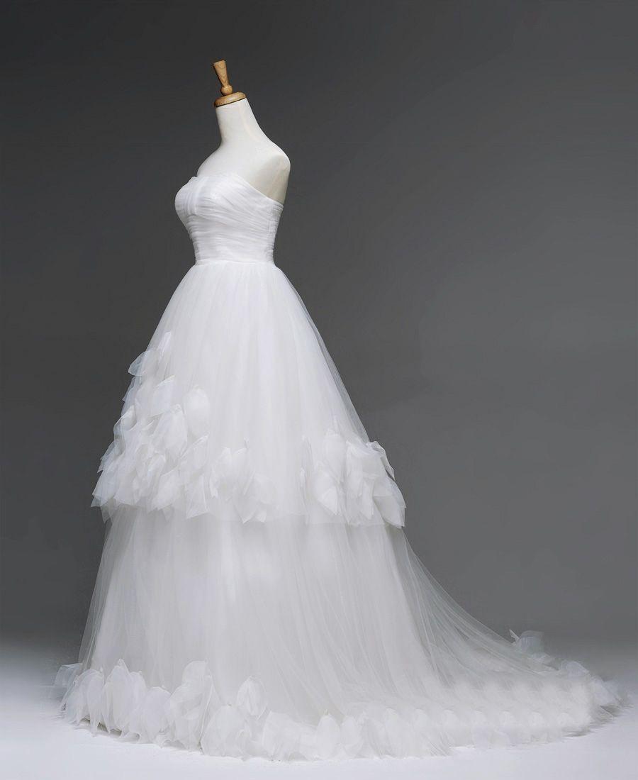 Discount modern elegant straps wedding dresses 2016 lace for Modern elegant wedding dresses