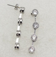 Wholesale Hot fashion charm gold white plated earring rhinestone Dangle amp Chandelier earrings jewelry E1621