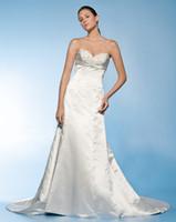 Cheap Chapel 2013 wedding dresses Best Autumn/Spring Sexy taffeta dress gowns