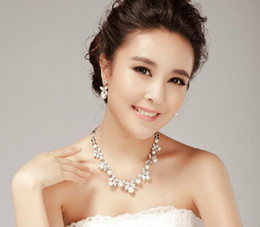 Wholesale 2013 Bridal Accessories earings necklace Wedding accessories jewel pearl crystal Sets pieces M3387