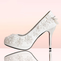 Wholesale Purity White Brital Wedding Shoes PU Rhinestone Applique Round Toe Manual High Heel cm