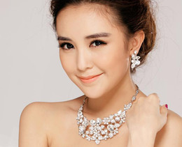 Wholesale 2013 Bridal Accessories earings necklace Wedding accessories jewel crystal Sets pieces set M3395