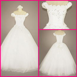 Wholesale White Ball gown Off the shoulder Tulle Appliqued Beads Floor length Wedding Dresses Bridal Gown