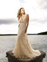 wedding dresses 2011 - WG Elegant lace beaded V neck A line bridal wedding dress