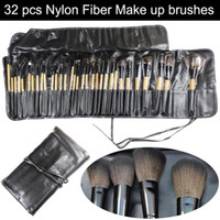 Wholesale Professional cosmetic makeup brushes set kits nylon fiber brush wood handle leather case