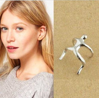 Wholesale fashion silver climbing man ear cuff wraps earring