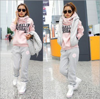 Wholesale fashion hoodies suit thickened recreational sports hoody hoodies shorts sets