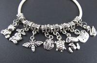 120pcs / lot tibetano tibetano de plata conejo abeja gato oso cuelgan los granos cabido encanto pulsera joyería DIY 1302142280