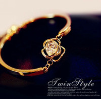 Wholesale Rose flower bracelet zircon flash retro gift Korean rhinestones OL fresh female version minimalist