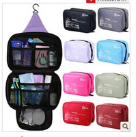 Wholesale Outdoor travel wallet large capacity Waterproof cosmetic toiletry bag wahsing makeup with hook bag