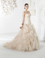 2013 Newest Luxury Ruffle Ball Gown Sweetheart Neckline Summ...