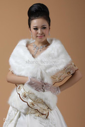Wholesale Winter Fur and Lace Bolero Coat Bridal Shawl Bridal Wraps Jackets For Bride Wedding Gowns