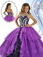 al por mayor chica s púrpura-Venta caliente de alta calificación Princesa púrpura vestidos del desfile de la muchacha 2016 del cuello del halter parte posterior del corsé de lentejuelas de los granos de la bola del vestido vestidos de niña Glitz RG6452