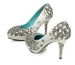 Perles de diamant hauts talons en Ligne-Blanc Diamant Personnalisé De Haute Qualité Shinning Perle Haut Talon Aiguille De Mariage Pompes Partie Chaussures