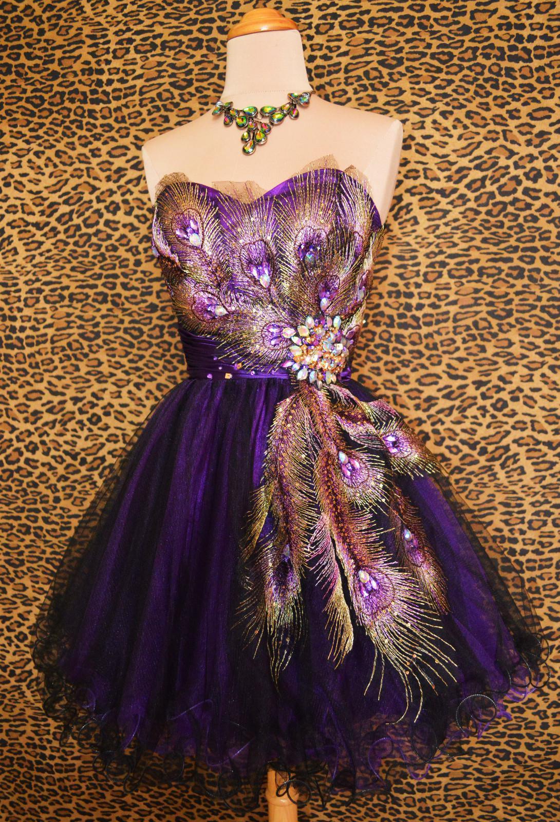 Mardi Gras Wedding Dress: Beautiful mardi gras ball gowns. Mardi ...