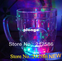 Wholesale x7 x5 cm LED Flashing Bear Mug LED Drinkware LED Beer Cup for Birth
