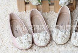 Wholesale 2013 Girl Leather Heart shaped Pearl Shoes Kids Cute PU Step In Footwear Princess Shoes