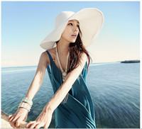 Wholesale Qltrade_2 women Folding straw hat sun hat along the beach cap white