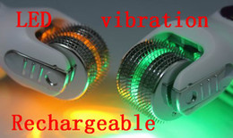 Wholesale DNS LED vibrating chargable dermaroller with extra heads LED derma roller skin roller