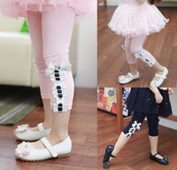 Spring / Autumn baby cropped pants - 2016 New Girls Lace Tights Children Cute Bowknot Leggings Fashion Kids Clothing Cropped Trousers Skinny Pants Girls Baby Clothes Lovekiss