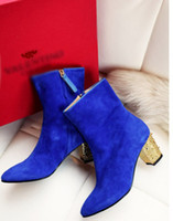Wholesale Cool Style Pointed Toe Studded Gold Heels Designer Boots Sheepskin Fashion Medium Heel Shoes