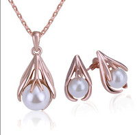 Wholesale 2013 new Top quality plated K rose gold shell pearl necklace amp stud earrings Fashion Jewelry Set