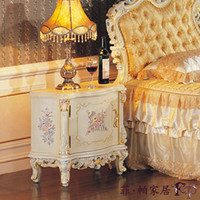 Wholesale royal classic european furniture solid wood cracking paint antique style bedstand