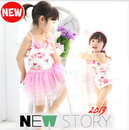 Wholesale Girls swimsuits pink flower new swimbath set dress cap piece suits