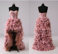 Beach amazing wedding photos - 2017 Sexy Amazing Feather Backless Wedding Dresses Sweetheart A line High Low Organza Corset Applique Bead Bridal Dress Gowns NEW HOT