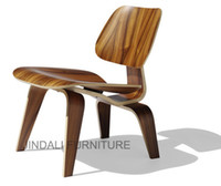 Wholesale Eames LCW chair Eames chair Plywood chair designer furniture Leisure chair Walnut wood color ash wood color