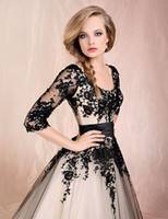 Scoop long sleeve cocktail dresses - 2015 New Sheer Long Sleeves Tulle Ball Gown Tea Length Cocktail Dresses With Black Lace Applique BO0447