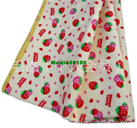 Wholesale Queen strawberry Niaodian strawberry pattern baby changing mat cm