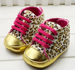 Wholesale Retail Hot Children s Shoes Leopard Print Velcro Non Slip Soft Bottom Baby First Walker Shoes
