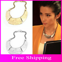 Wholesale Bib Necklace Heavy Geometry European Style Luxury Spike Crescent Choker Statement Jewelry XL025
