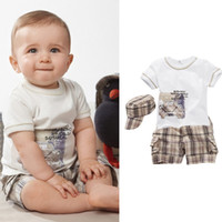 Wholesale New high quality outdoor boys suits piece set Floral T shirt Plaid Shorts Hat baby rompers sets