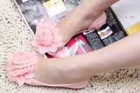 Wholesale New Arrival Women s Flat Jelly Sandal Shoes with Flower Bead Slippers Lady s Peep toe Sandal Shoes