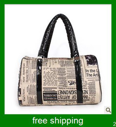 Wholesale Women newspapers printed handbags women shopping pocketed English style handbag