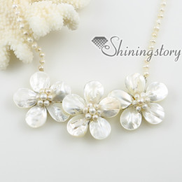 flower sea water white oyster shell mother of pearl and freshwater pearl necklaces jewelry