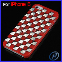 Wholesale For iphone5 G S Fashion Cool Hard Case Punk Pyramid Studded Studs Rivet Pattern Plastic Case